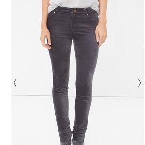 NWT White House Black Market Velvet Skimmer Jeans